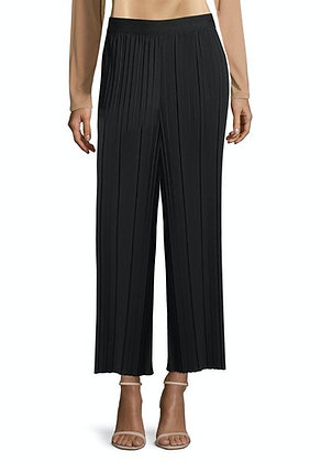Betty Barclay Cropped Pleated Pants - Black