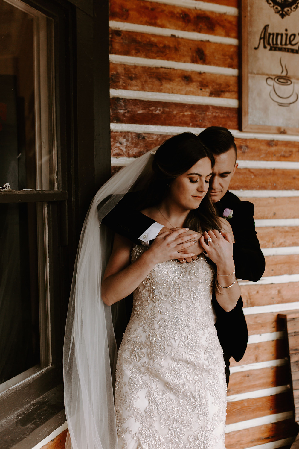 annies cafe bride and groom meadow muse wedding
