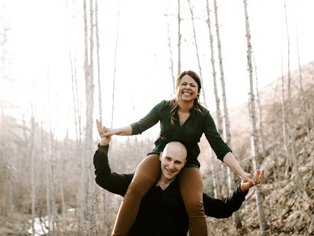 Sunny Big Hill Springs Engagement Session