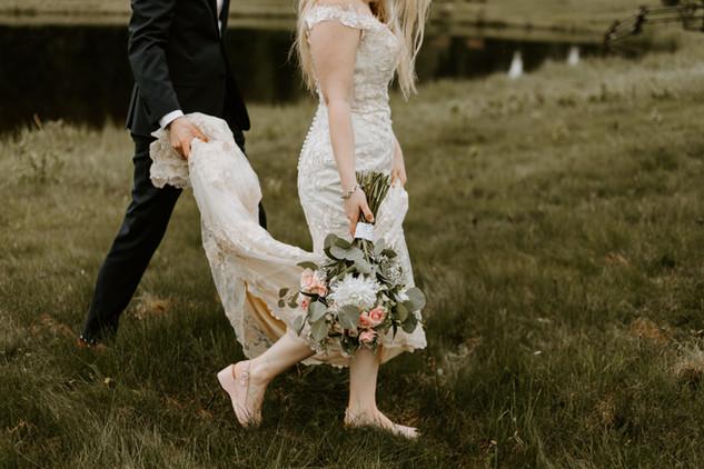 EJ_Bragg_Creek_Outdoor-Wedding-739.jpg