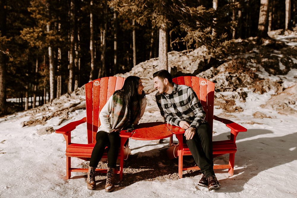 newlyweds at lake minnewanka banff