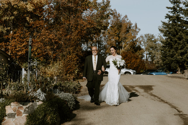 MB_October_Sylvan_Lake_Hilltop_Wedding-4