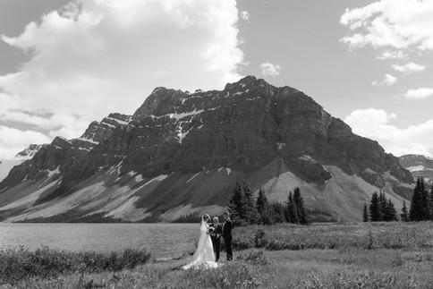 AS_Banff_Bow_Lake_Elopement-17.jpg