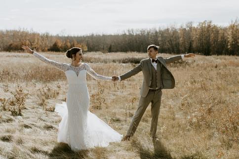 MB_October_Sylvan_Lake_Hilltop_Wedding-3
