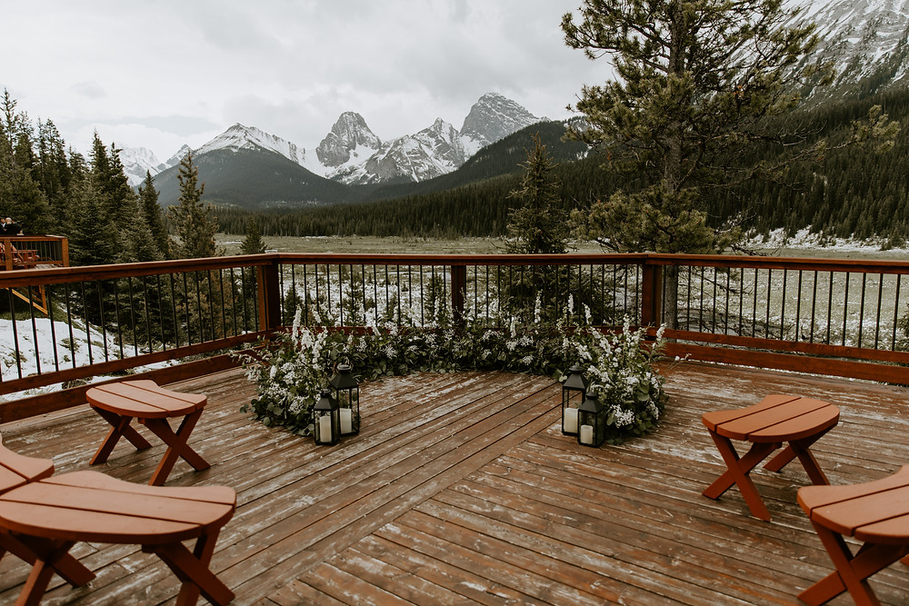 mount engadine lodge wedding