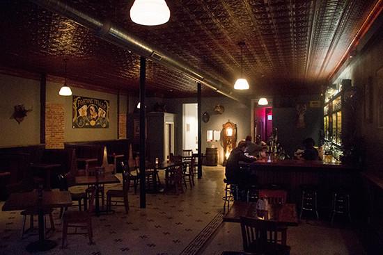 fortune-teller-bar-interior.jpg
