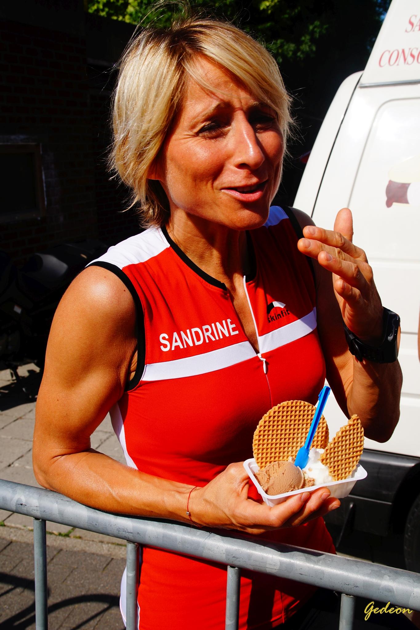Une glace pour Sandrine à l'arrivée