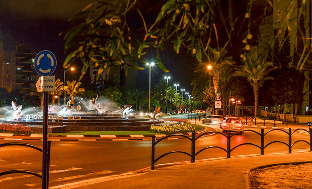 תאורת כביש