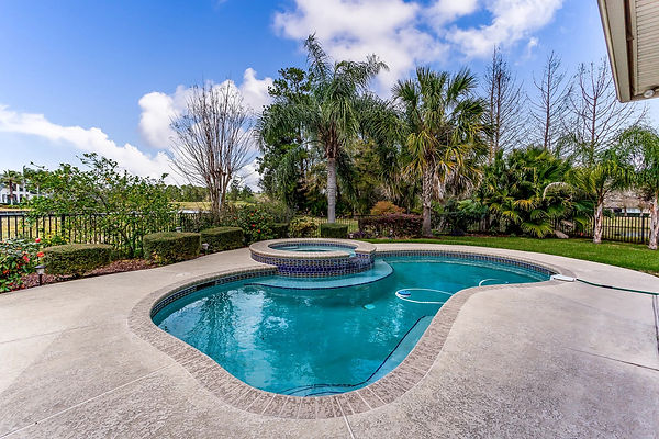 Pool and Jacuzzi Pearland TX - Pool and