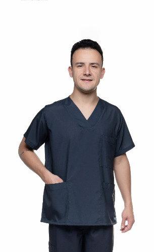 Blusa cirúrgica/Scrub Liso 026 Preto Ganha 1 Máscara e Nome/Profissão