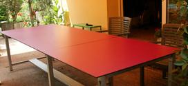 Table rectangulaire pieds droits inox à rallonge avec tole repose pieds