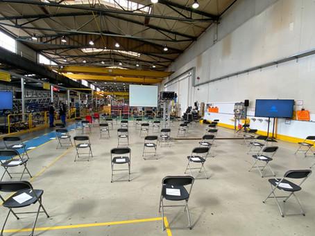 Betriebsversammlung hybrid mit Präsentationen aus 3 Hallen