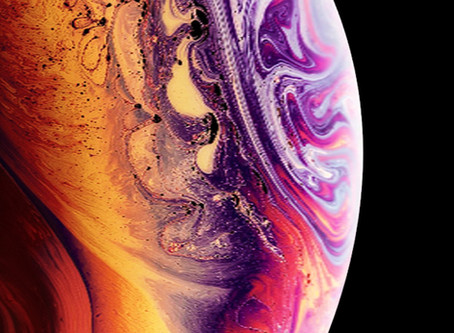 Want the snazzy iPhone XS wallpapers?