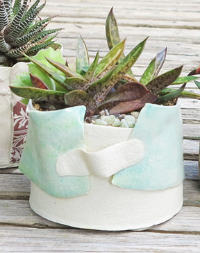 Ribbon Pot