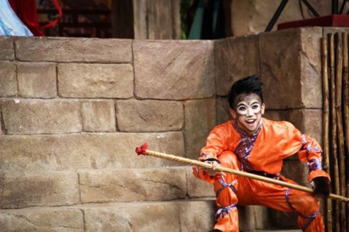 Ezra as a performer in PSPA's Chinese New Year play in Lost World Tambun