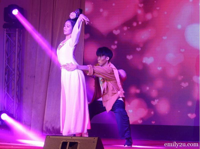 Chinese Romeo & Juliet