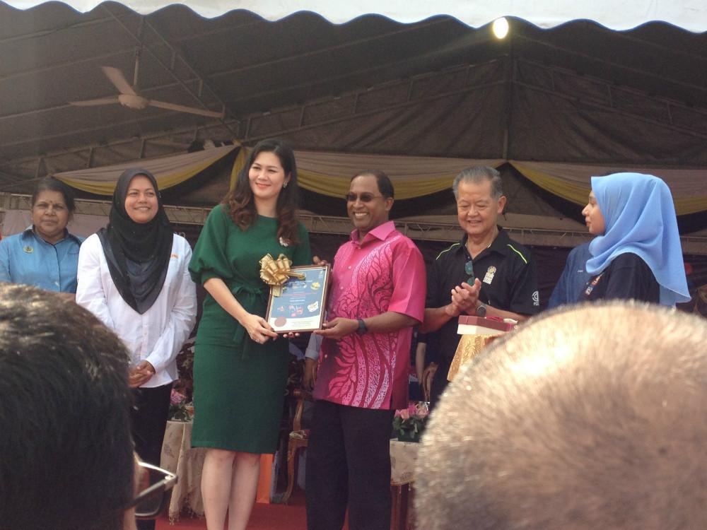Miss Anita Phang, 'Miss Perak Tourism'