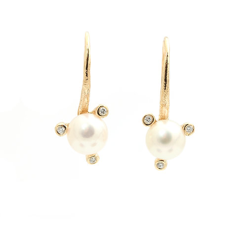 Twigs Saltwater Pearl earrings