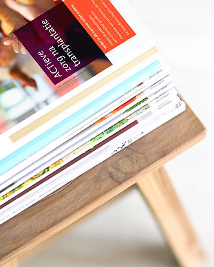 magazines-stack-reading-magazine2.jpg