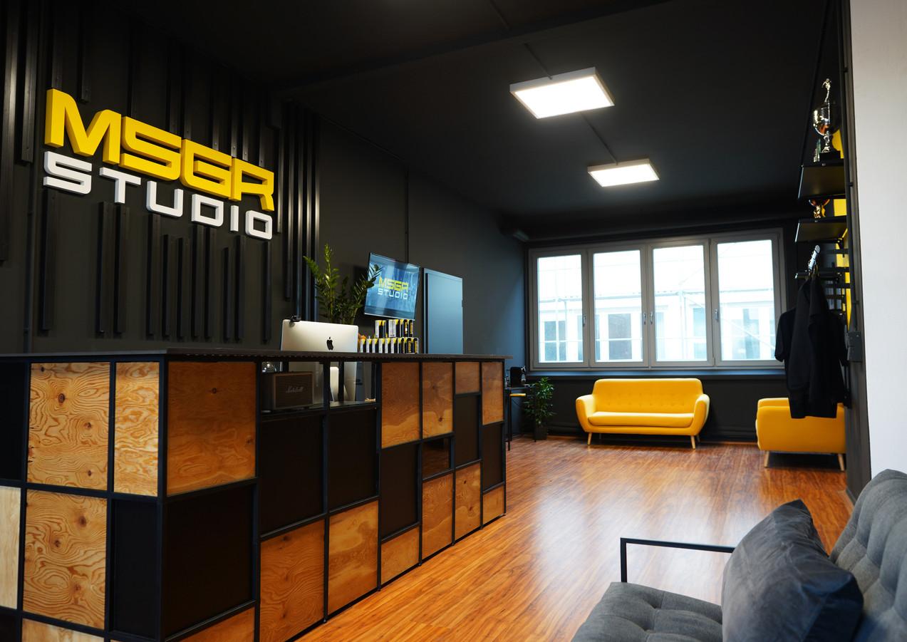 Messenger Studio