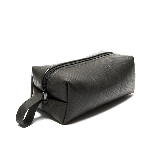 Men's Recycled Tire Travel Case