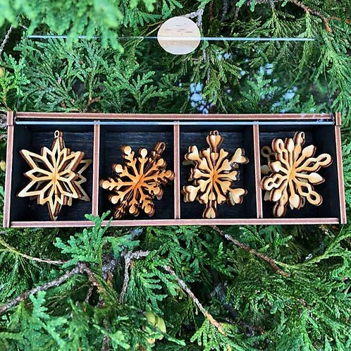 Wooden Snowflake Ornament Gift Box of 3 > Made in Maine