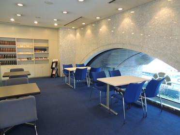 2階ショールーム①.JPG
