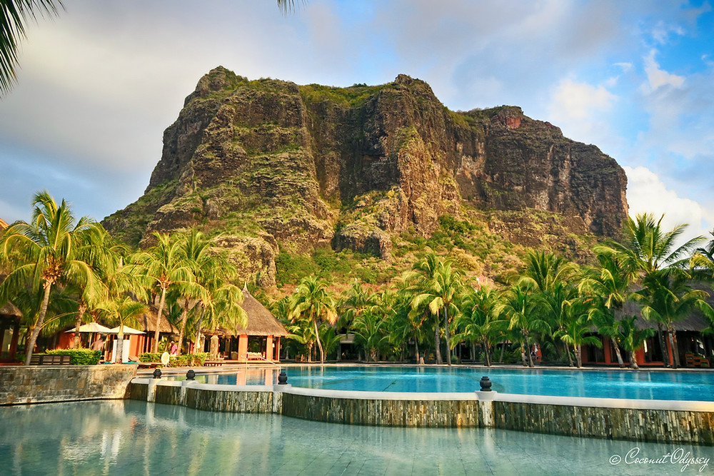 views of le more mountain from the plunge pool at Dinarobin beachcomber Mauritius