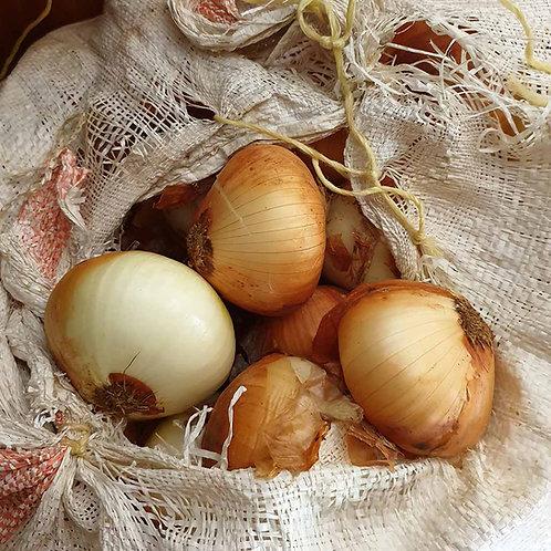 Onions (per kg)