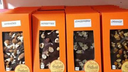 Tablette Chocolat Noir Amandes Equateur 64%