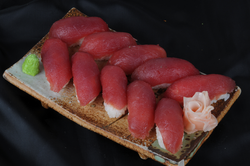 Assortiment sushi thon