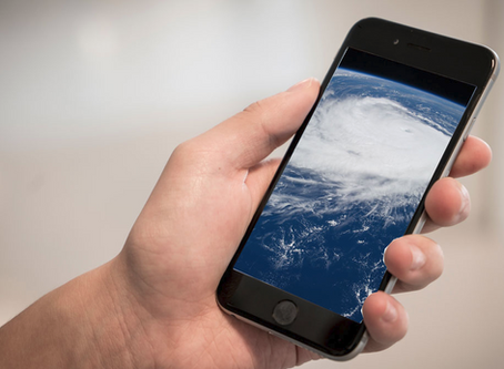 5 Best Hurricane Apps to Keep Your Family Connected!