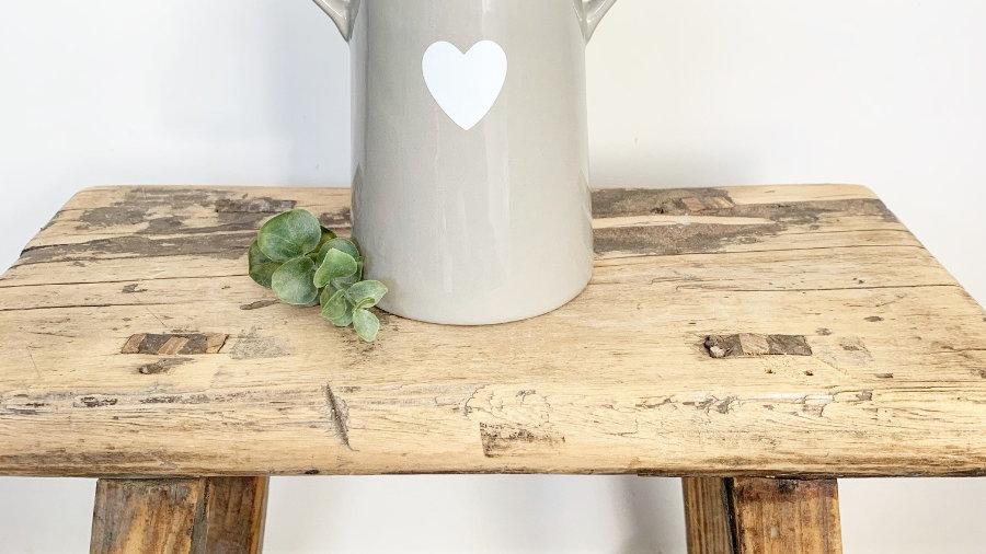 Grey Vase white loveheart small