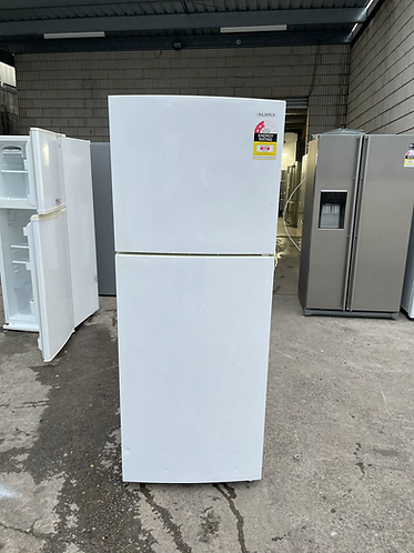 SAMSUNG 390 LITRES FRIDGE FREEZER.