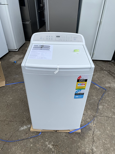 FISHER & PAYKEL 7 KG TOP LOADING WASHING MACHINE, BRAND NEW.