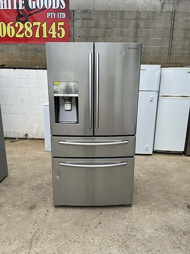 SAMSUNG 680 LITRES FRENCH DOOR FRIDGE FREEZER.