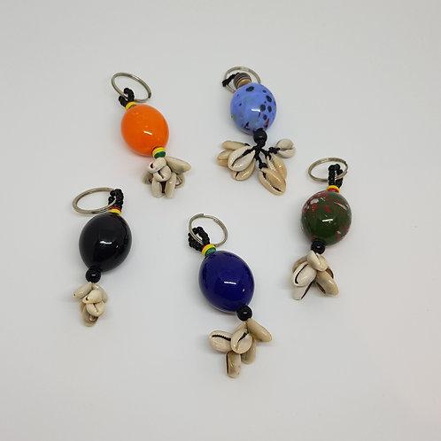 Porte-clefs perle et cauris