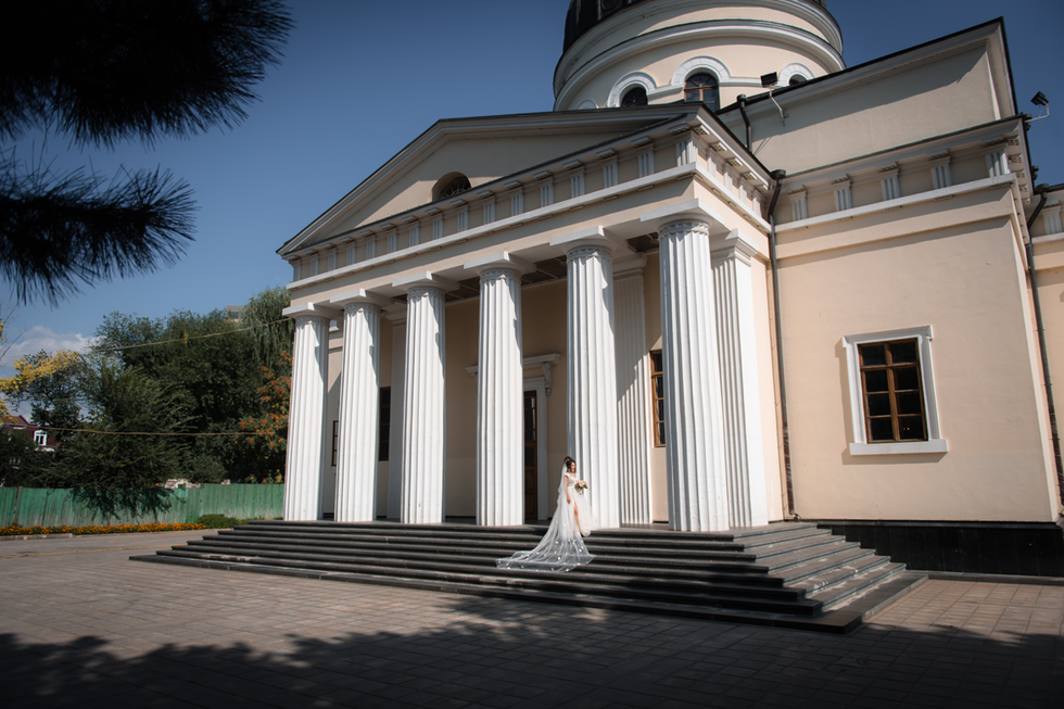 Fotograf la cununie,  Catedrala din Chisinau.