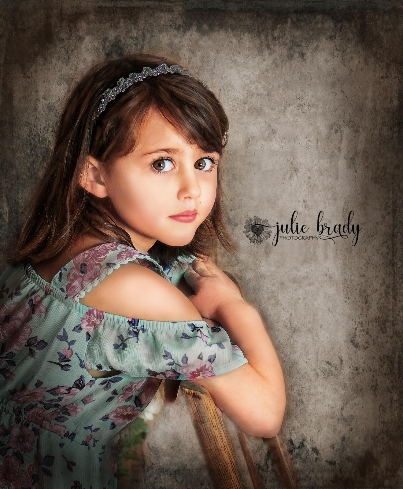 Fullscreen Page | Portrait Photographer | York PA | Julie