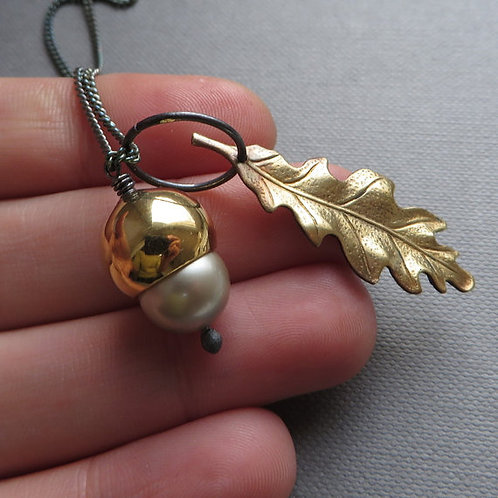 Platinum Acorn Golden Oak Leaf Black Silver Necklace