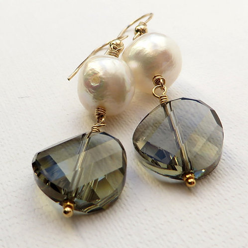 Baroque White Pearls and Crystal Gold Earrings