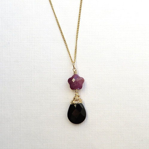 Natural Ruby and Black Onyx Gold Necklace