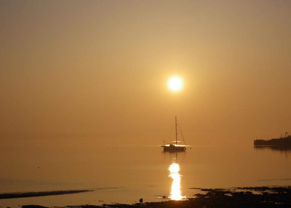 sunrise - brodick bay - boat - listing size