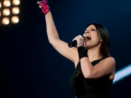 """Golden Globe 2021 - Vince Laura Pausini con """"Io si"""" ed è la prima volta per una canzone Italiana."""