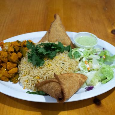 Sambusas with Chicken Suqar Entree