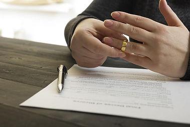 EMPÊCHER UN DIVORCE EN 48 HEURE MEDIUM VOYANT RECONNU