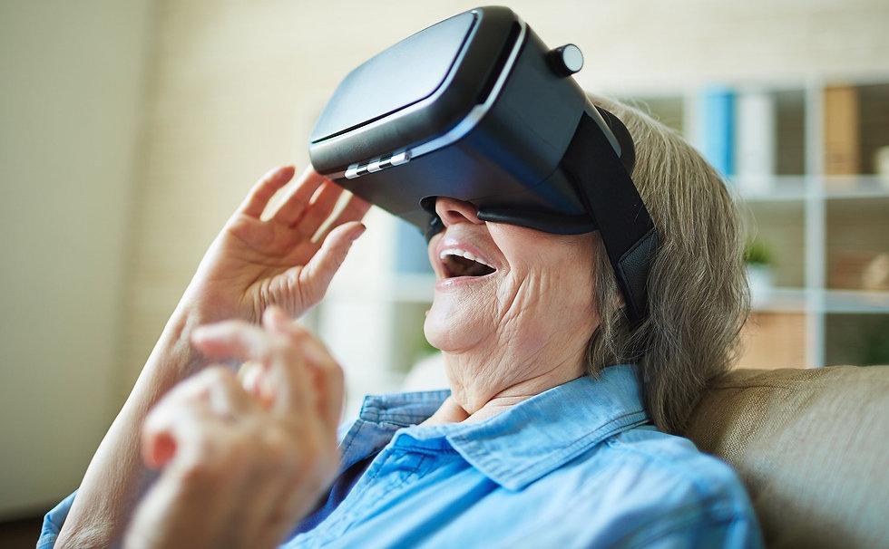 Realidad-virtual-para-personas-mayores.j