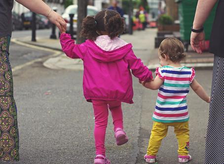 איך לגדל ילדים בטוחים? 6 טיפים מקוריים להורים ולילדים