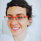 שירה לנגר עובדת סוציאלית מורה לקראטה טיפולי