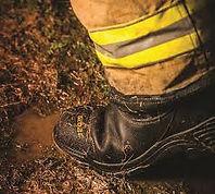 globe boots.jpg